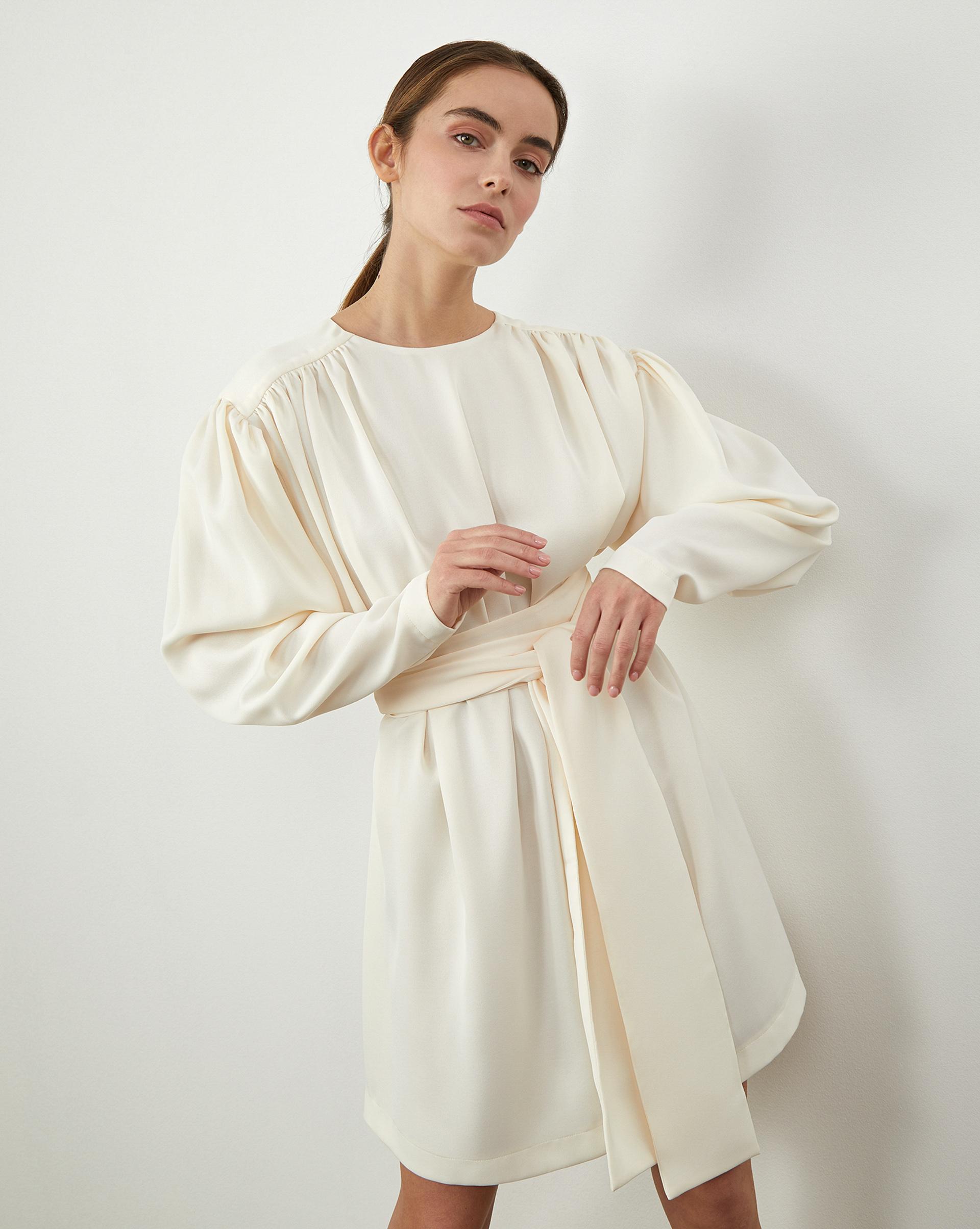 12STOREEZ Платье мини с объемными плечами и с поясом