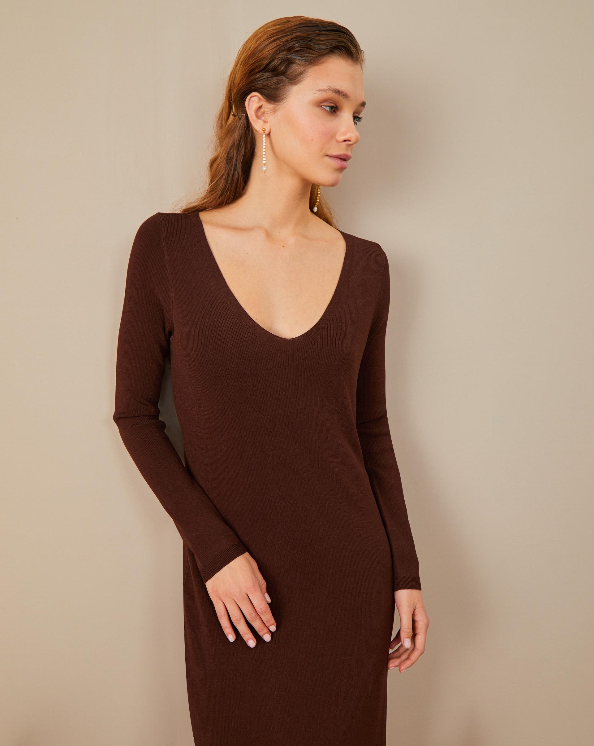 12STOREEZ Платье с глубоким декольте